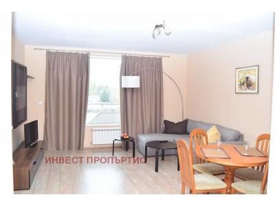 СТИЛЕН и НАПЪЛНО ОБЗАВЕДЕН двустаен  апартамент на перфектна локация