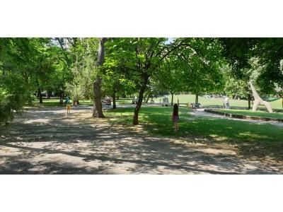 Тристаен апартамент до парка и метростанция Мусагеница